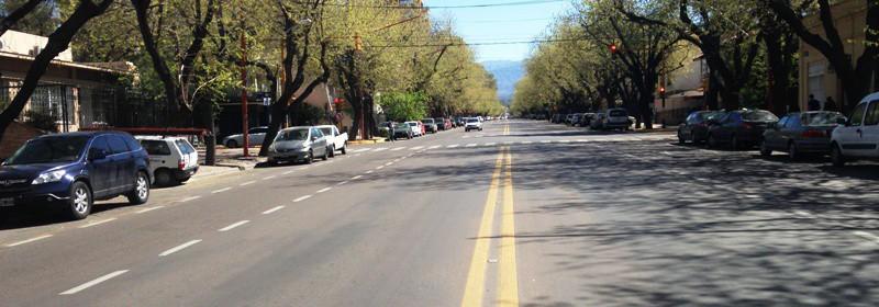 Casa: Emilio Civit – Capital – Mendoza